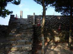 火番盛、琉球王朝時代に海上の監視をし、のろしを上げて石垣島まで伝える役目を果たしていたそうです。