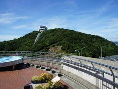 明石海峡大橋の成り立ちや世界の橋のことについて学べます。面白い施設でした。
