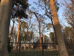 柵の内側は徳富蘆花の家