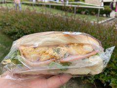 【那須ガーデンアウトレット】  暇つぶしに最高(をい・・)なアウトレット笑 スーパーみたいな地産ショップが好きです  お昼食べるサンドイッチ購入