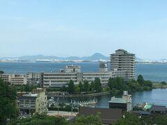 2年前に泊まった琵琶湖グランドホテルが見えています。  関連旅行記:『京の雑記帳 2018年 秋』 https://4travel.jp/travelogue/11413174