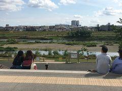 二子玉川公園に戻ってきました。眺望広場と呼ぶらしい。