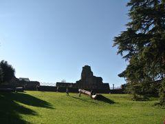 フォロ・ロマーノのすぐ横にあるパラティーノの丘は当時の高級住宅街。