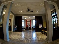【=アレグロ ホイアン ア リトル ラグジュアリー ホテル&スパ=】  さて、そんな現代のホイアンにあるホテルは、新旧のすんばらしい~(日本人好きする様な)ホテルばっかりです。