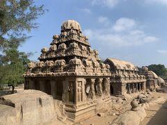 世界遺産シリーズ、岩石寺院が連なるファイブラタ。叙事詩マハーバーラタにちなんだ5つの建物は巨大な花崗岩から切り出されたそうで(スレシュさんからの解説は当然ないので看板情報より)。