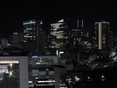 2108号室からの夜景。 みなとみらい21方面。