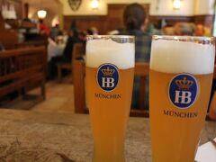 「ホフブロイハウス」 ここもミュンヘン旅で 楽しみにしていたところ(^ー^)