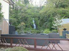 5:30 目が覚めて温泉に行くことにしました。