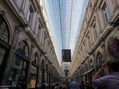 ブリュッセルで有名な室内型の商店街。 ギャルリー サンチュベール。 美しい。