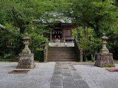 長谷寺開門まで時間があったので、近くの御霊神社に寄り道