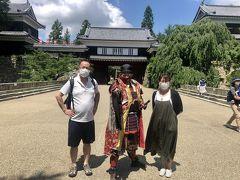 上田城に着くなり、真田幸村と出会いました(笑) 他の武将の皆さん(おもてなし隊)からも、温かいおもてなしを受けました。 ゆっくり1時間、城内を巡りました。