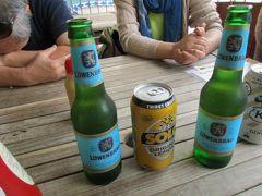 昼食はソーセージ料理の専門店「ジャーマンタッカー」で、ベルギービールと焼きソーセージを。