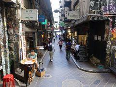 メルボルンはこの様なカフェストリートがたくさんあります。 ここはデグレーブスストリートです。ほとんどの店は16時くらいには閉まってしまいますので、行かれる方は午前中に行かれることをお勧め致します。