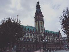 クリスマス マーケット (ヴァイナハツ マルクト) (市庁舎前)