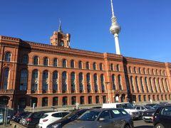 赤の市庁舎 ベルリン市庁舎