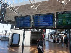 行きと同じく1時間でレンヌ駅に到着。