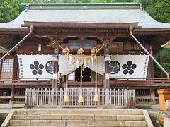 社殿 南湖神社は縁結びの神社としても有名で、東北有数のパワースポットなんだそうです。