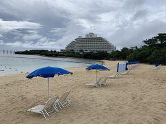 人がいない、、、 今だけは私たちだけのプライベートビーチ♪(๑ᴖ◡ᴖ๑)♪