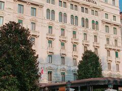 ミラノのメトロで移動して目的地に向かいます。 あっサボイヤホテル