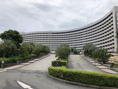 シャングリラ東京をチェックアウトして、向かったのはこちらのシェラトングランデトーキョーベイホテル。