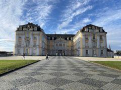 アウグストゥスブルク城を見に来ました。