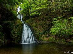 阿寺の七滝です。日本の滝100選にも選ばれている名勝。七段の滝となっているので、七滝と名付けられました。