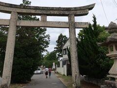歩く事20分ちょっとで『吉備津彦神社』にやってきました。  【吉備津彦神社】 https://kibitsuhiko.or.jp/