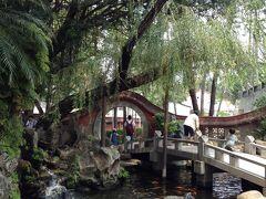 ちょっとは観光らしいこともしようと赤崁楼に来た。台南の観光といえば、有名なのが赤崁楼。