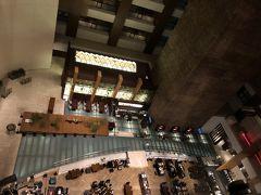 ストリングホテル東京インターコンチネンタル  お部屋に行きます!  エレベーターから見たlobbyの様子です  前回宿泊した時 https://4travel.jp/travelogue/11172800  かなりの時間が経過してたのですねー