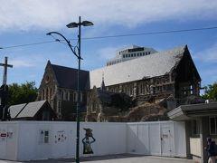 続いて訪れたのは、シンボルの大聖堂。  残念ながら、2011年に起きたカンタベリー大地震で一部が崩れてしまいました。