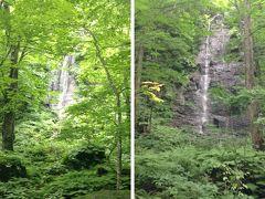 左の写真が「不老の滝」、右は「しらいとの滝」かな? のどが渇いてきましたが、自販機はどこにもないので、手持ちのぬるい水で、がまん、がまん。