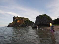 日没近いので伝わらないですが、 きれいなビーチです
