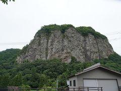 八木ヶ鼻の正面から。日本版ハーフドーム(ヨセミテ)…ってサイズと岩質がだいぶ違う気がします。