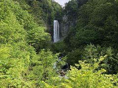 アカンダナ駐車場から平湯大滝に行きました。