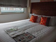 用事を済ませて福島へ。 今回、初日はホテル阪神アネックス、 二日目はホテル阪神大阪に予約を入れておいた。  ホテル阪神アネックスではチェックイン時に体温を計られたが、ホテル阪神ではそのようなことは無く。 同じ系列のホテルでも対応は異なっていた。  尚、どちらのホテルでも、 go to travelキャンペーンのことを尋ねるまでもなく、宿泊証明が手渡された。