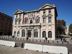 City Hall, Marseille(市役所・区役所) 港沿いに建つ市役所。17世紀の建物です。歴史を感じさせる建物です。