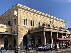 空港バスでボローニャ中央駅までやって来ました。 この駅は2012年11月のパルマからローマへの移動時の乗り換え待ちで一度途中下車して以来です。