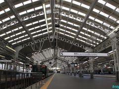 【天王寺駅 上屋】 1929年(昭和4年)阪和電気鉄道が開業。  1箇所だけ欧米のような大屋根!戦前は停車中の列車の右にも線路があったそうです。