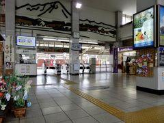 10:47 米子着☆   特急を使わず90分かけての~んびり移動  昭和レトロの懐かしい雰囲気の電車、国鉄時代を懐かしみたくて、、、