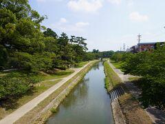 岡崎公園前駅から十五分ほど。 東岡崎駅とどっちが近いかなぁ。 わかりやすいのは東岡崎からでした。