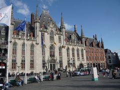 ベルギーで最も古い市庁舎は外観が凄い。