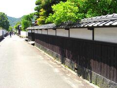 松陰神社の後は萩の城下町を回りました。 江戸時代から残る風情ある街並みで、歴史を肌に感じながら歩く事が出来ます。