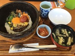 おひるごはんは小谷サービスエリアのレストランで。最後の最後まで食い倒れの四国の旅となりました。