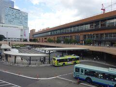 定番、仙台駅西口のロータリーからの景色。
