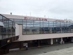 山形空港に到着(*^。^*) 予約していたタイムズレンタカーで、無事車を受け取り…