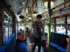 神都バス(三重交通)の路面電車風バス 発車時に「チンチン!」と鐘を鳴らします かつて(1961年まで)伊勢市駅と内宮前を結んでいた三重交通神都線をオマージュ (ブラタモリでも取り上げてました) 1日7往復だけだそうなので、ラッキーですね