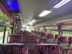 熱海駅から小田原駅に移動 そこから、ハーヴェストのバスに乗車 貸し切り状態でした