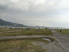 海のほうへ行くと、公園のように整備されています。良い雰囲気です。