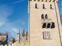 ドイツには多くの古城が存在しますが、天空の城との異名を持つホーエンツォレルン城。