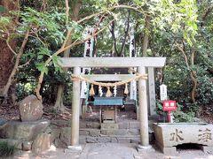 千歳神社  長寿・勉学の神様  藤原俊成公をお祭りしています
